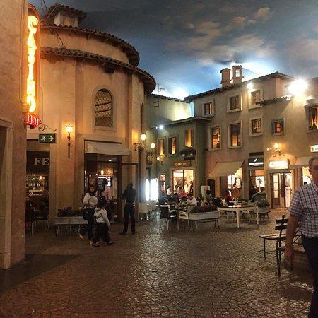 Montecasino: photo1.jpg