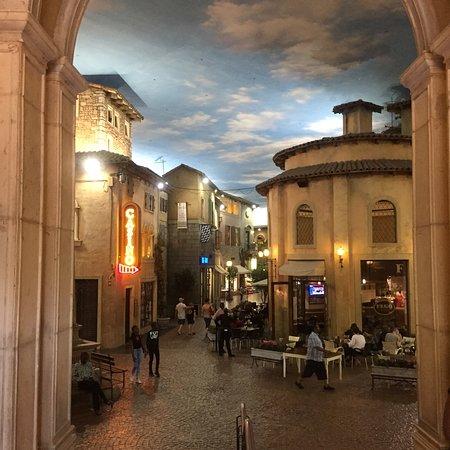 Montecasino: photo2.jpg