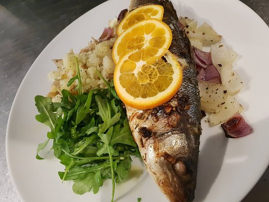 Earls Colne, UK: Whole Baked Seabass
