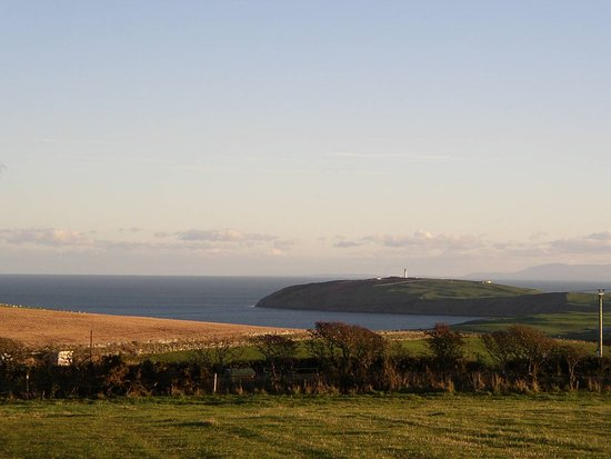 Drummore, UK: View from our B&B to the Mull of Galloway lighthouse
