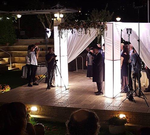 Hotel Yehuda : wedding chuppa
