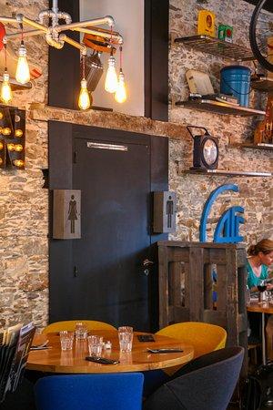 Décoration intérieur - Picture of Brasserie Lus\'In, Nantes - TripAdvisor