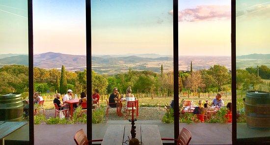 Sassofortino, Italie : VALDONICA Vino & Antipasto