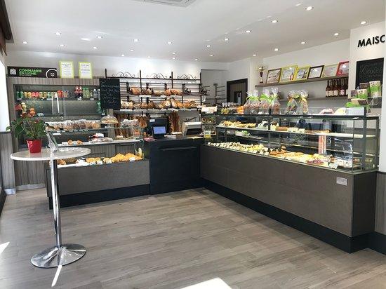 Gif-sur-Yvette, França: Boutique refaite à neuf