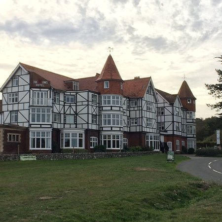 The Links Country Park Hotel Photo
