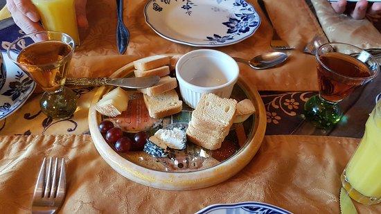 Notre-Dame-du-Portage, Canada: Breakfast