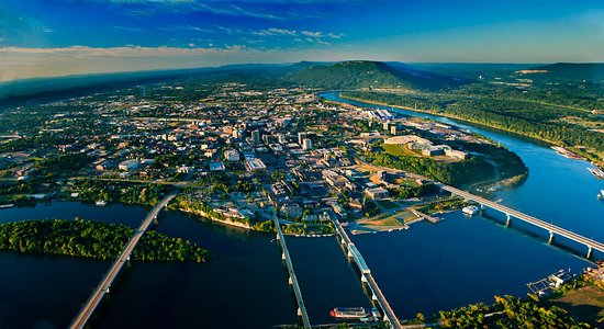 Signal Mountain, TN: Discover Chattanooga Vacation Package with Sweet Magnolia Tours.