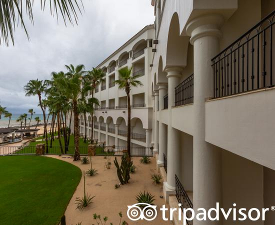 Grounds at the Hilton Los Cabos Beach & Golf Resort