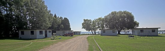 Gladstone, Μίσιγκαν: Welcome to Stemac's Bayview Cabins on Little Bay de Noc