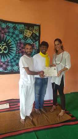 Bhagsu Nag, Indie: Certificate ceremony September month