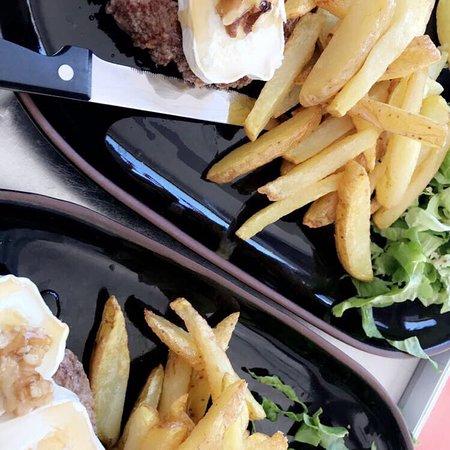Les Mureaux, France: BellyCup Restaurant /Traiteur produits frais et fait maison, un endroit convivial et chaleureux
