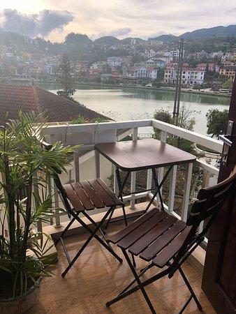 Sapa O'Chau Hotel: Balcony