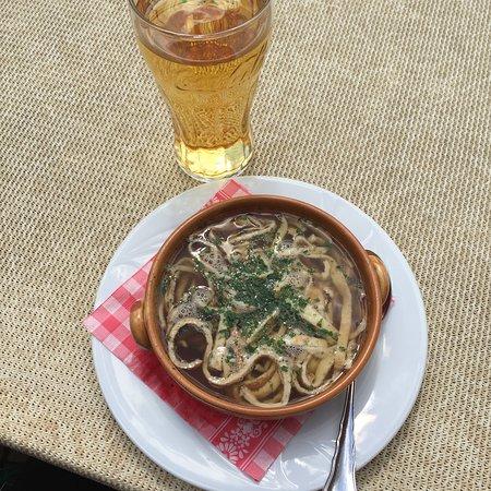 Alpen Restaurant Valeriehaus: Frittatensuppe