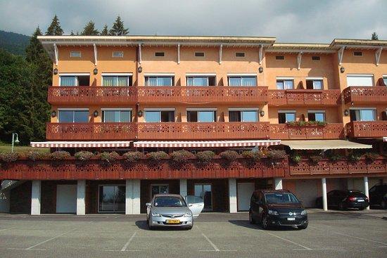Crozet, Frankreich: Hotel façade