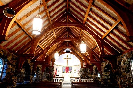 Saint Ann's Church: Inside View