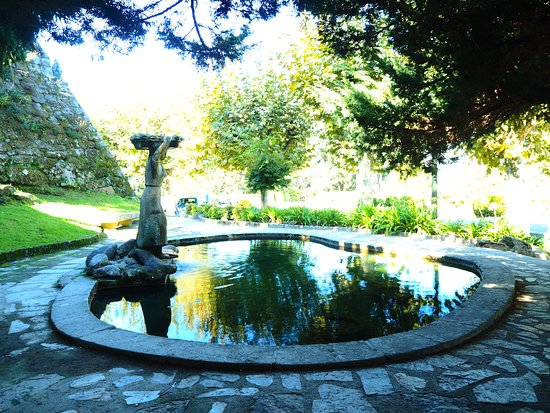 Castro Fortress: Small shaded pond, nice for a rest spot