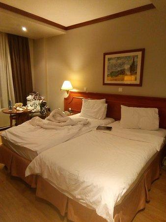 Holiday Inn Thessaloniki: наш номер