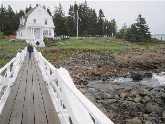 Marshall Point Lighthouse Museum: Maine Coast at Marshall Point Lighthouse