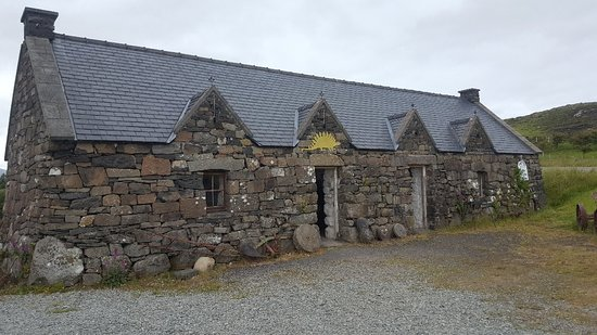 Staffin Fossil Museum: 20180625_140407_large.jpg
