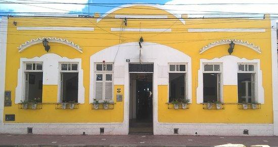 Senhor Do Bonfim, BA: A fachada é decorada de acordo com as datas comemorativas...
