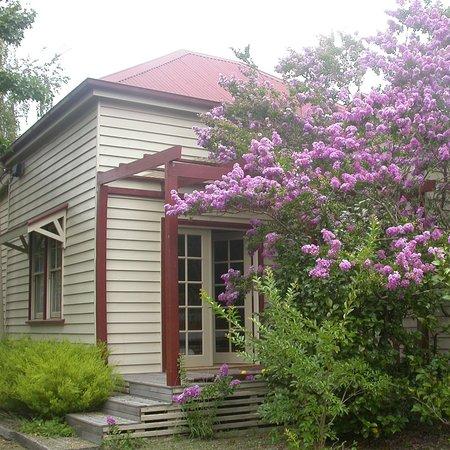 Alexandra, Australia: Morning room entrance/balcony