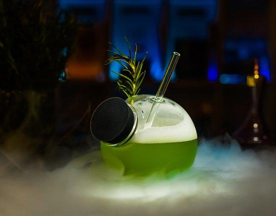Avant Garde Cocktail Bar: Island Elixir