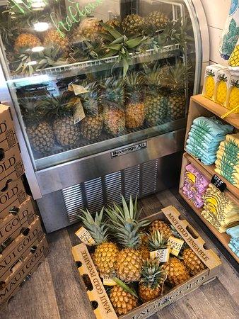 Maui Pineapple Store