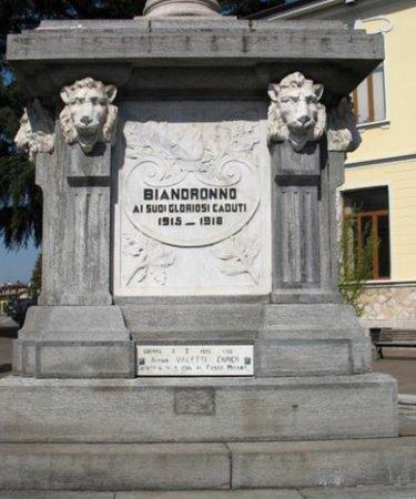 Monumento ai caduti di Biandronno