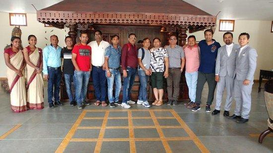 Kunjithanny, Ấn Độ: Happy guest Mr Pawan Jain and family.