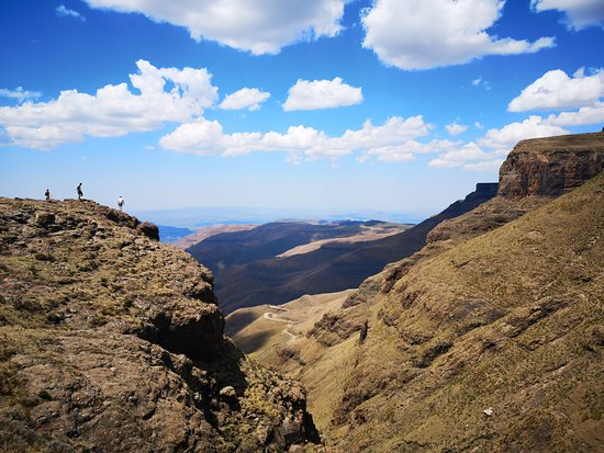 Roof of Africa Tours: Sani Pass, KZN