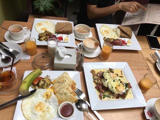 Yala Cafe: cheap breakfast in kathmandu