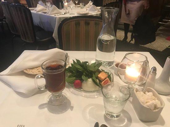 Maykadeh: the table