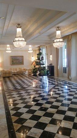 โรงแรม วิคตอเรีย ยุงเฟรา แกรนด์ แอนด์ สปา: Einer der unzähligen, beeindruckenden Säle