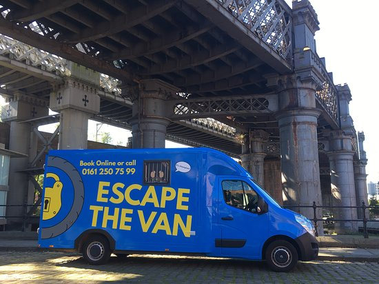 ‪Escape The Van‬