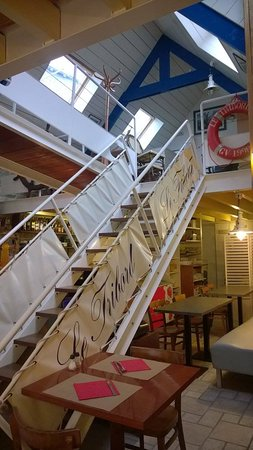 Ile-Tudy, Frankreich: décoration intérieur bateau correspond tout a fait à l'endroit