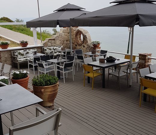 Ikonio All Day Cafe & Wine Bar: Cafe - Bar - Restaurant / Summer Balcony