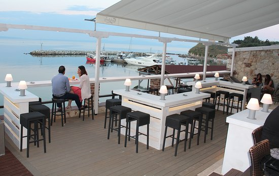 Νέα Φώκαια, Ελλάδα: Cafe - Bar - Restaurant / Summer Balcony