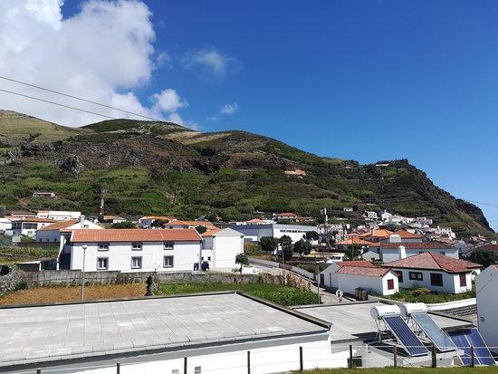 Корво, Португалия: Вид с терассы номера