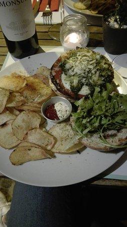 BUGO Art Burgers Picture
