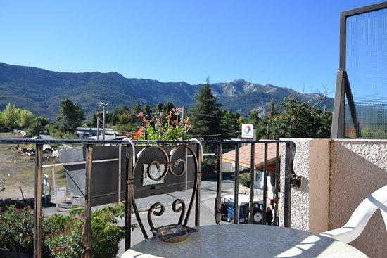 Calacuccia, Prancis: View over balcony