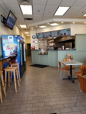Pembroke, MA: Here you can see the digital menu boards and the drink coolers.