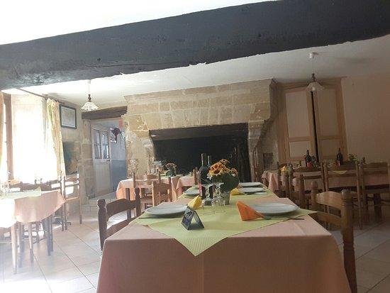 Foussais-Payre, ฝรั่งเศส: Auberge Sainte Catherine