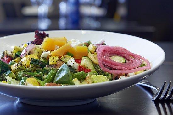 Pewaukee, Wisconsin: Salad