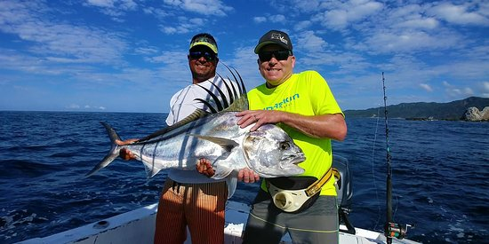 Mal Pais, Costa Rica: A perfect day for Roosterfish!