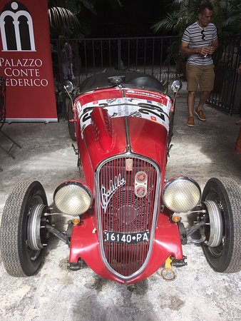 Palazzo Conte Federico: The Count's racing car.