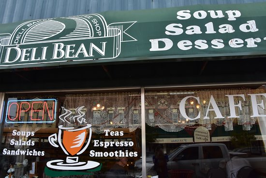 Reedsburg, Висконсин: Visit the Deli Bean!