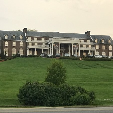 The Mimslyn Inn : View from the road