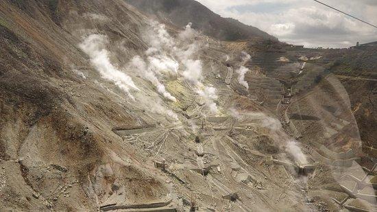 Owaku-dani Valley: Owaku-dani