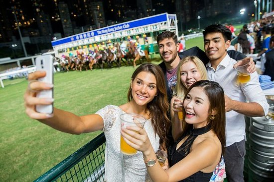 Wednesday Horse Races Crawl in Hong...
