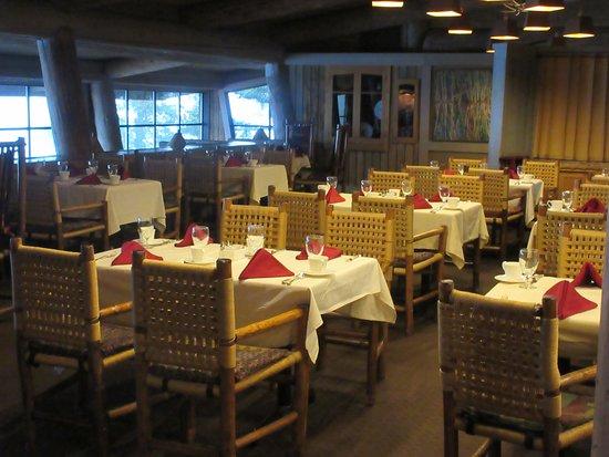 Sun Mountain Lodge: Restaurant